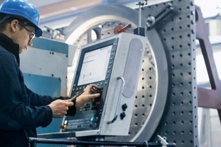 Curso de Automação Industrial do SENAI